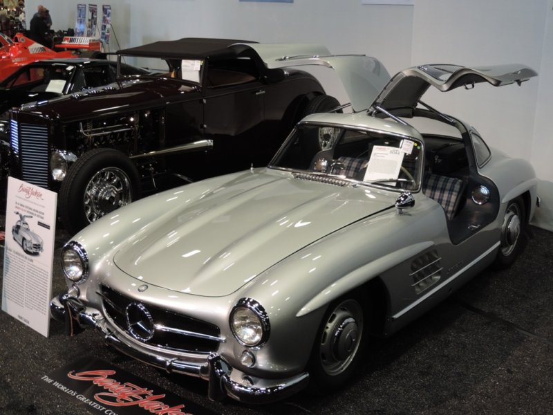 top-5-at-barrett-jackson-gullwing-3