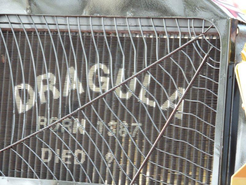 DragULa License Plate