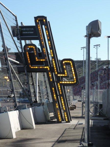 ISM Raceway Saguaro yellow