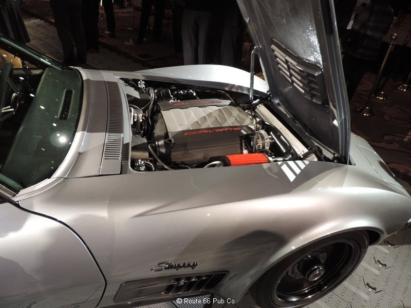 Jimmie Johnson\'s 71 Corvette Engine LT1