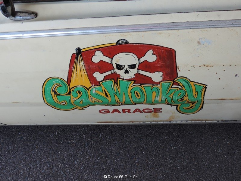 Shart Cat Gas Monkey Logo