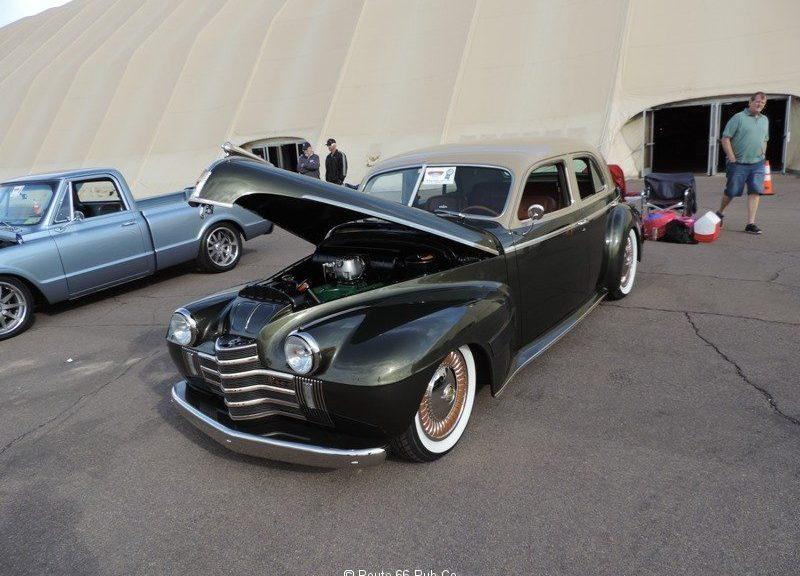 1940-Oldsmobile-Hood-Up