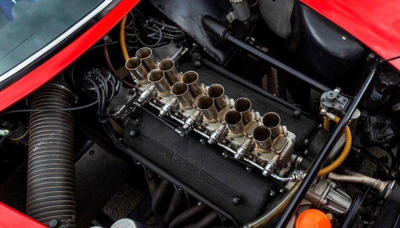Ferrari 250 GTO V-12