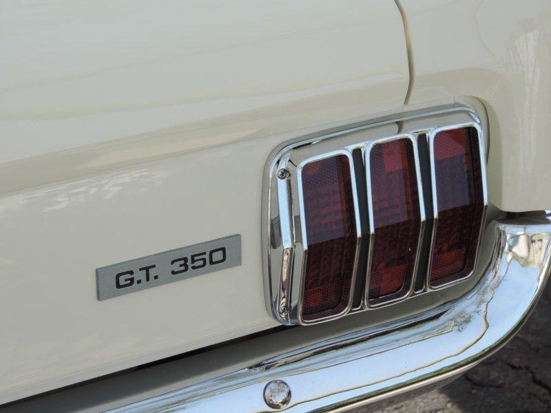 GT350 rear turn signal