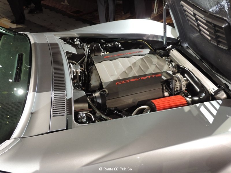 Jimmie Johnson\'s 71 Corvette LT1 Engine