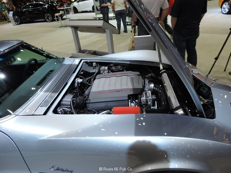 Jimmie Johnson\'s 71 Corvette Engine LT1 View