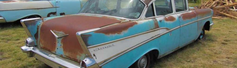 Post 4 door 57 Chevy